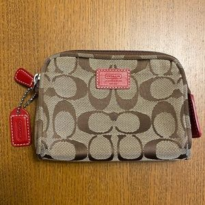 Coach w/ Cs Change Purse